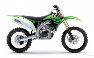 147462_kawasaki_motocross_kx450f_2009_1920x1200_(www.GdeFon.ru)