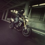 2014-Yamaha-MT09-Street-Tracker-EU-Matt-Grey-Action-005